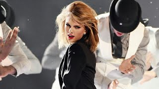 Taylor Swift – Blank Space (Brit Awards 2015)