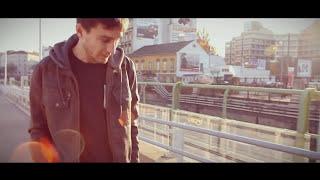 Gerard - Manchmal | B L A U S I C H T | (official Video)