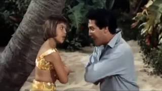 Download Queenie Wahine's Papay - Elvis Presley MP3 song and Music Video