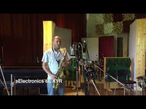 Microphone test for tenorsax