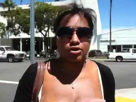 Афро-американка поёт на армянском =)