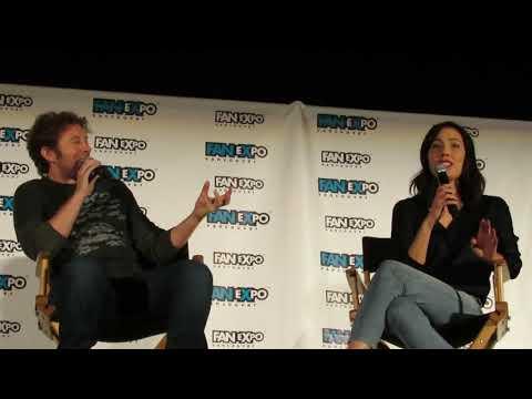 MICHAELA CONLIN & T.J. THANE (BONES) - Fan Expo Vancouver 2017 - Panel