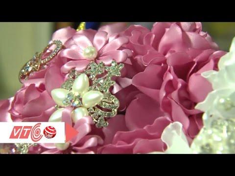 Hút hồn những bông hoa ruy băng đầy màu sắc | VTC