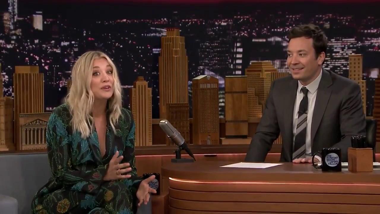 Kaley Cuoco Sings The Big Bang Theory Theme Song - YouTube
