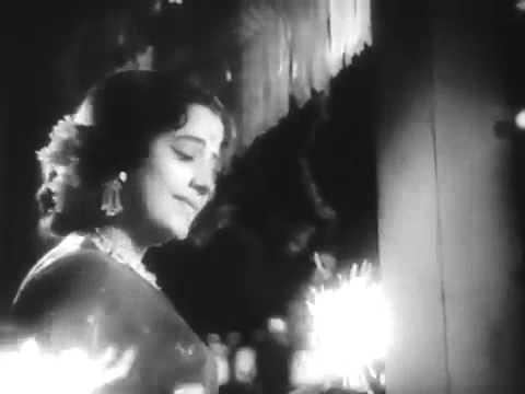 Mile Hai Chirago Ke Rangeen Diwali Hain - Nazrana