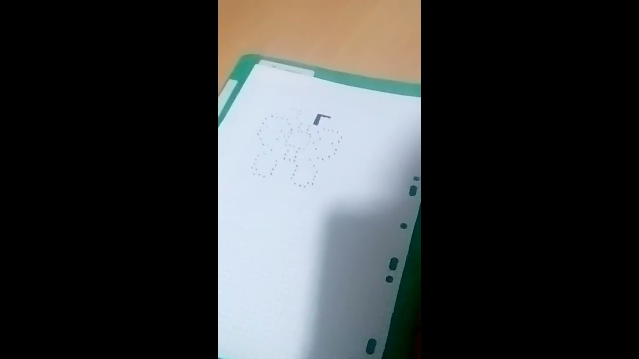 Tuto pixel art:papillon - YouTube - Pixel Art Papillon