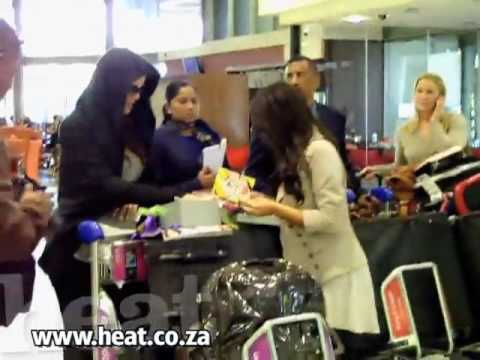 Kim and Khloe Kardashian land in Johannesburg! HQ