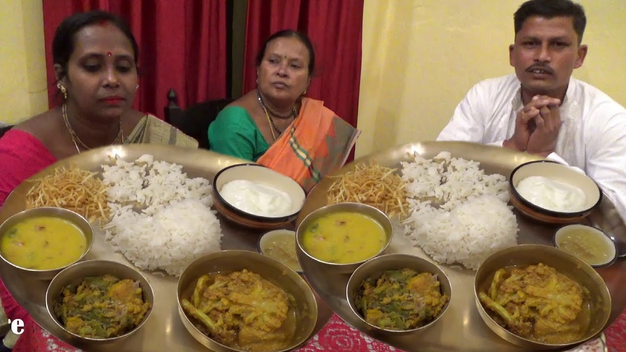Husband Wife & Mom Royal Eating in Kings Palace | Rice Thali with | Mutton | Mixed Vegetables | Curd