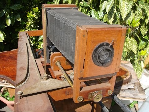 Antique Large  Format Wood  Tailboard Plate  Folding Camera With Bellows