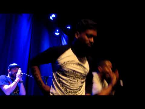 "Murs & Fashawn - ""Slash Gordan"" (Live) HD"