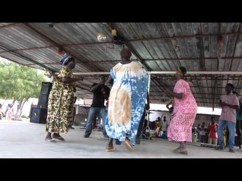 Guinea-Bissau- dancing 2013