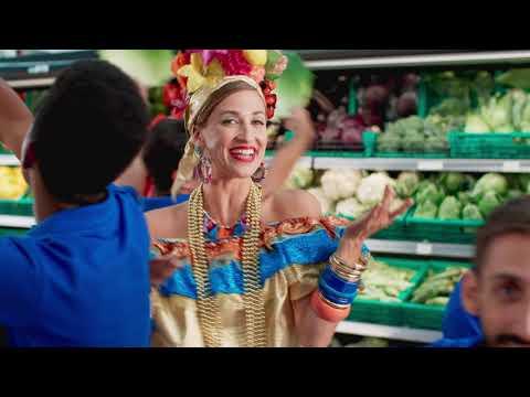 'Pequena Notável' é a nova garota-propaganda de rede de supermercado em Portugal