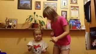 Обучение детей танцам.