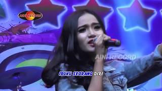 Video Hana Monina - Cerita Anak Jalanan [OFFICIAL] [The Rosta] #music #2018 download MP3, 3GP, MP4, WEBM, AVI, FLV Agustus 2018