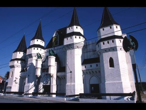 Castle Dracula Wax Museum Parody