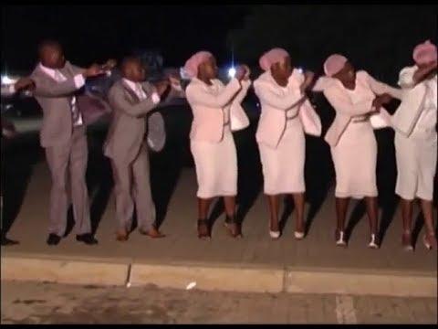 Heavenly Praise Gospel Group - Sifikile Isikhathi