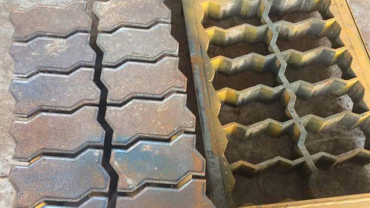 Zigzag paver mould using lining cutting machine, S paver mould cutting progress - YouTube