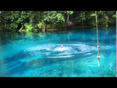 Le trou bleu de Riri - Espiritu Santo Vanuatu