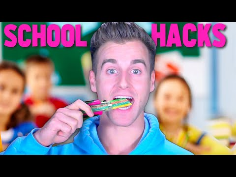 I Tried Sneaking Food Into Class Life Hacks! (IT WORKS)