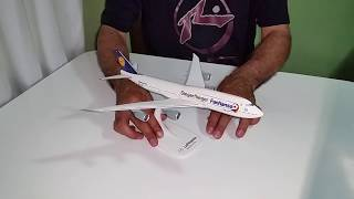 Video Miniatura de Avião 747-800 Lufthansa scale 1:250 Herpa ( Unboxing ) download MP3, 3GP, MP4, WEBM, AVI, FLV Agustus 2018