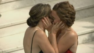 GAY MARRIAGE: Two women first to tie the knot in Minnesota