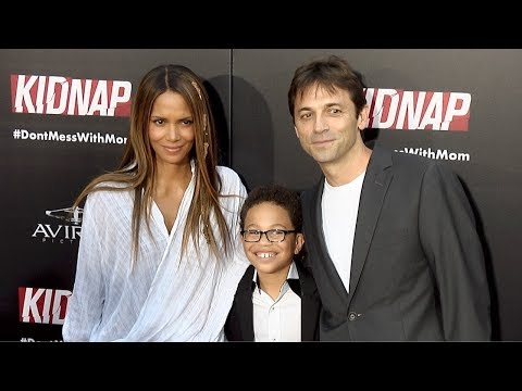 """Kidnap"" Los Angeles Premiere Halle Berry, Sage Correa, director Luis Prieto, Malea Rose Mp3"
