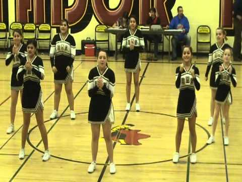 Berrendos Middle School Cheerleaders