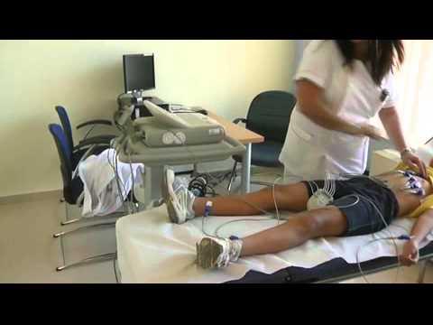 Campaña de reconocimiento médico deportivo en niños - YouTube