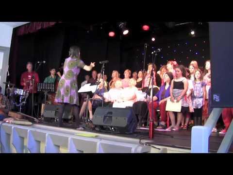 Woyaya - Songs Across the Valley Choir 2012