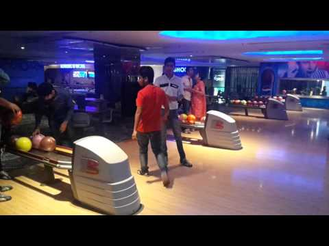 Fun with friends at bluo ambience mall gurgoan ..best bowling alley in delhi ncr