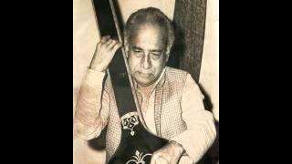 Pandit Vasantrao Deshpande sings