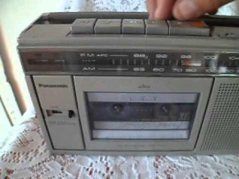 ANTIGUO MINI RADIO AM/FM/CASSETTE/PANASONIC CORP. 70s,