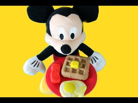 Mickey Mouse Makes Breakfast Time Set PLAY DOH Toy Review