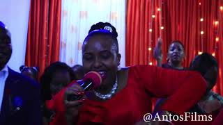 FAITH'S HUSBAND IS SEEN DANCING ITAVA NI YAKWA IN PUBLIC!!! DIAL *811*762# TO GET ITAVA NI YAKWA