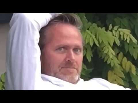 Ander Samuelsens bottle flip video