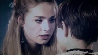 mini+franky | i kissed a girl