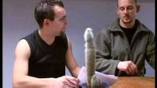 BYZNES is BYZNES - Ani Mru-Mru w filmie Huberta Gorczycy  2002
