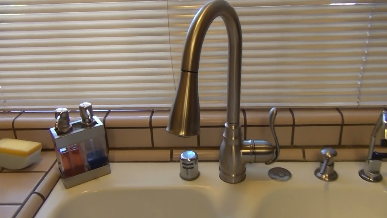 moen anabelle kitchen faucet ca87003srs review youtube - Moen Single Handle Kitchen Faucet With Pullout Spray Repair