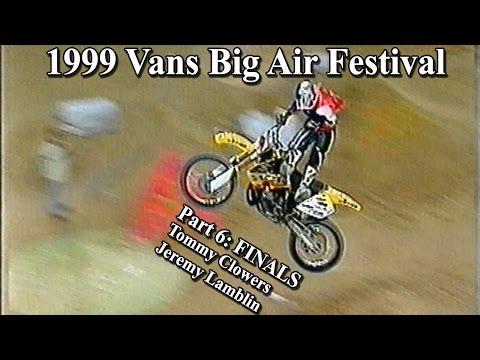 1999 Vans Big Air Festival - Paris Bercy - Finals: Tommy Clowers & Jeremy Lamblin