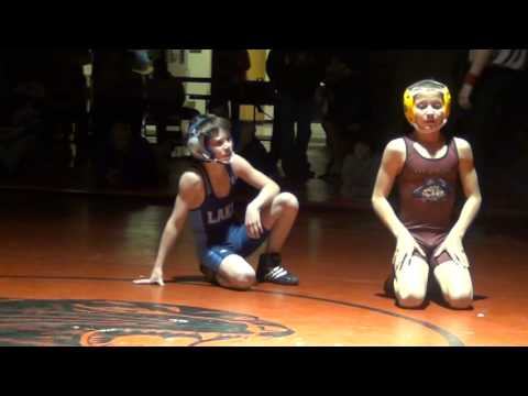 76 Cameron Hayes Milford) vs Robbie Rosser (WTC)
