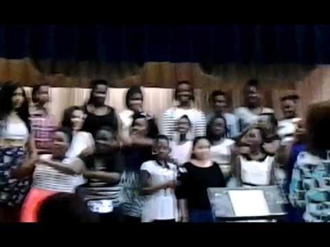 Excellent Chorus (Calverton Elementary School- Beltsville Maryland ) :-)