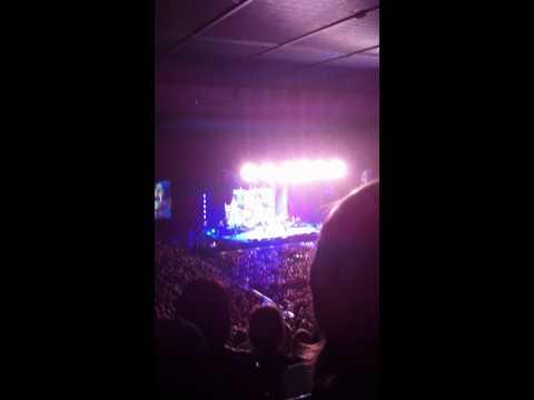 Dolly Parton in concert - Mule skinner