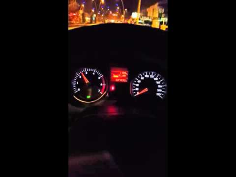 Araba dururken gaz yememe sorunu.