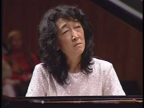 Uchida Beethoven Piano Concerto No.4 2nd