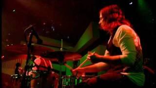 The Raconteurs - Broken Boy Soldier / Store Bought Bones (Live 11-03-06)