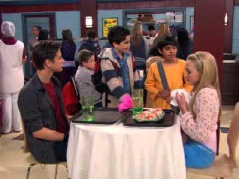 Jessie - Chłopak Emmy. Oglądaj w Disney Channel!