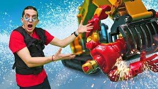 Видео игры для мальчиков - Супергерои на экзамене! - Машинки и трансформеры на Фабрике Героев.