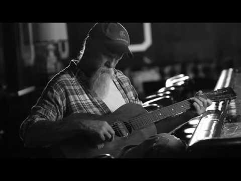 Клип Seasick Steve - Treasures