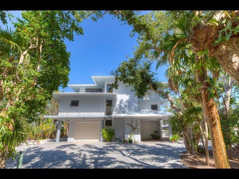 Waterfront Home For Sale In the Florida Keys