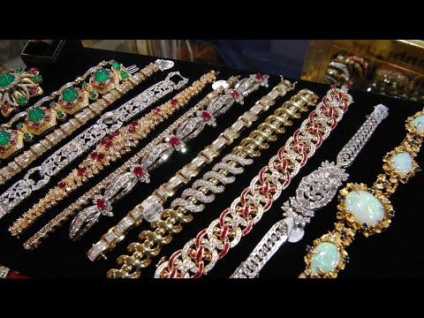 Leuer Jewelry and Antique Show